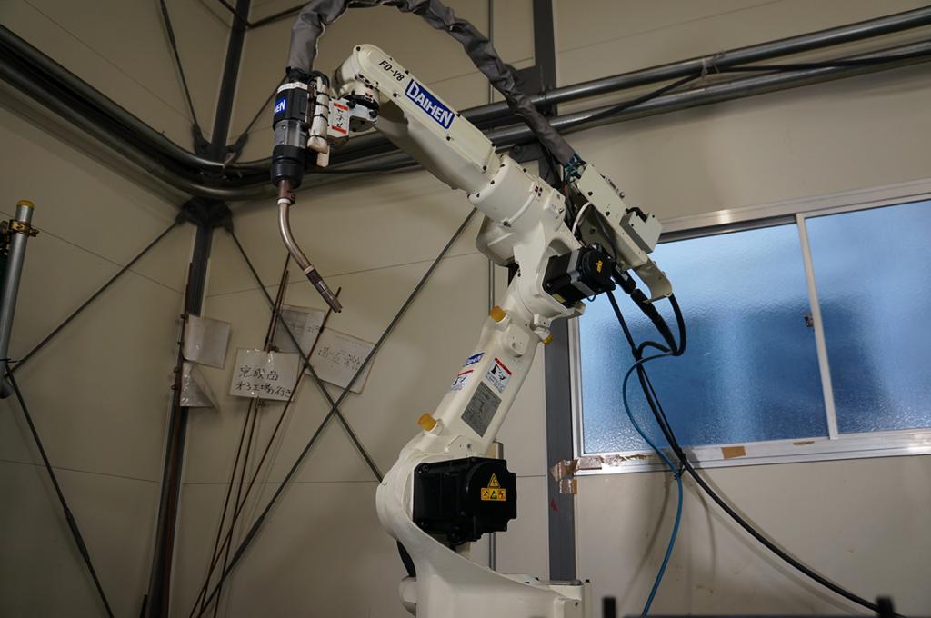 松内電器工業 株式会社 主要設備 溶接設備 CO2 ロボット溶接機